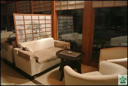 Herbaciarnia-Pisarzowice-Ogrod-japonski-Pudelko1
